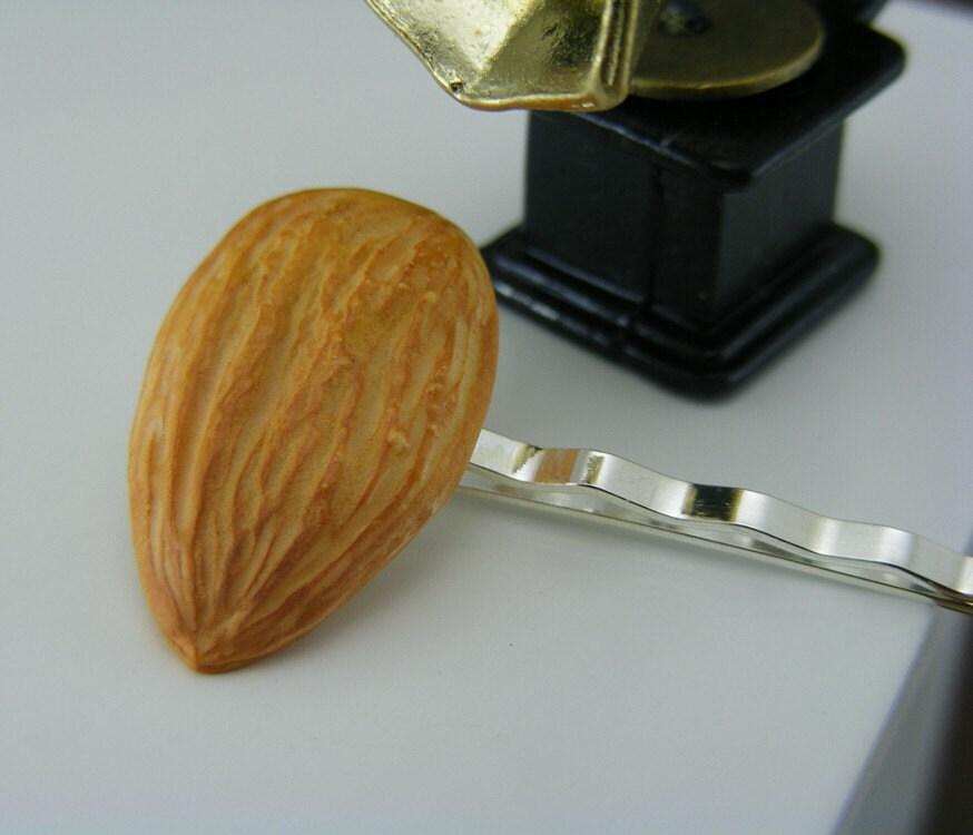 Миндаль Бобби Pin