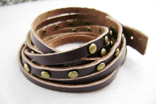 deep brown cowhide leather cuff with silver metal rivets 178