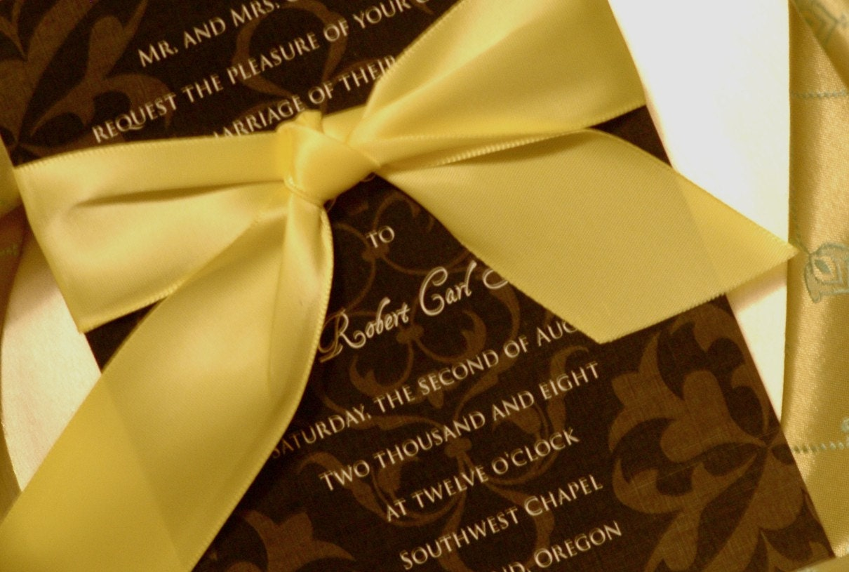 These invitation kits are both luxurious and economical