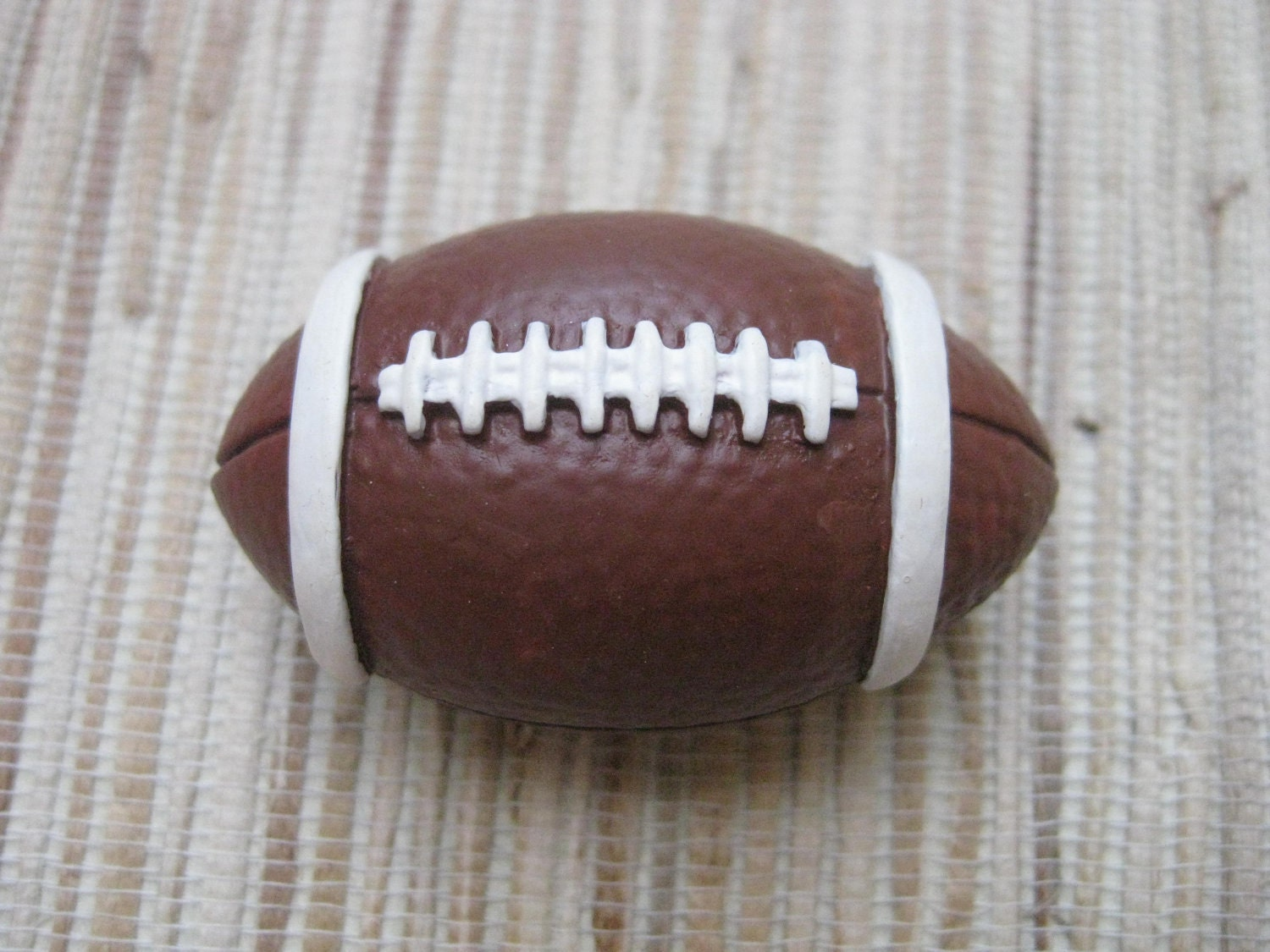 https://www.etsy.com/listing/83270534/2-football-knobs-upcycled-diy-drawer?ref=sr_gallery_1&ga_search_query=teamupcyclers+football&ga_view_type=gallery&ga_ship_to=ZZ&ga_min=0&ga_max=0&ga_search_type=all