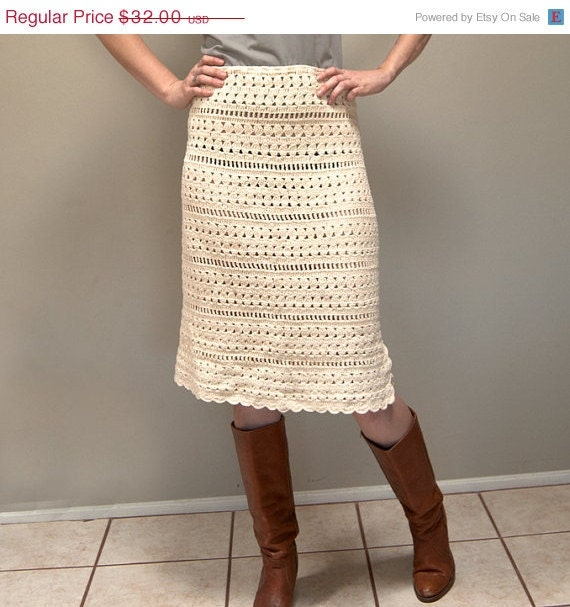 30% OFF Vintage 70s Crocheted Sheath Skirt