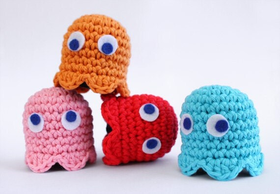 il 170x135.276687279 Etsy Crochet Treasury: Video Games!