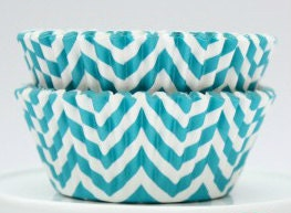 Cupcake Liner Pack of 25, Teal Chevron, Muffin Cups, ZigZag baking cups, Party favors - TheSimplyChicShop