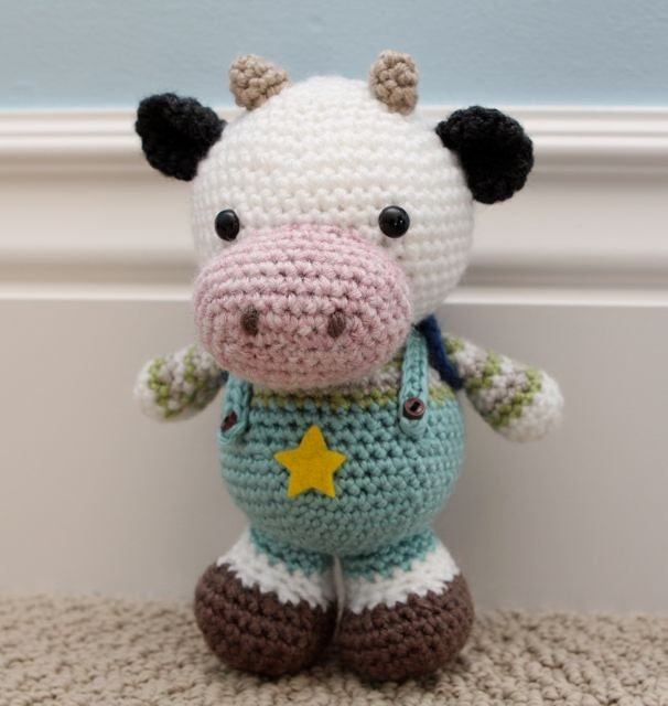Amigurumi Cowco : Crochet Amigurumi Pattern Clarence Cow by littlemuggles on ...