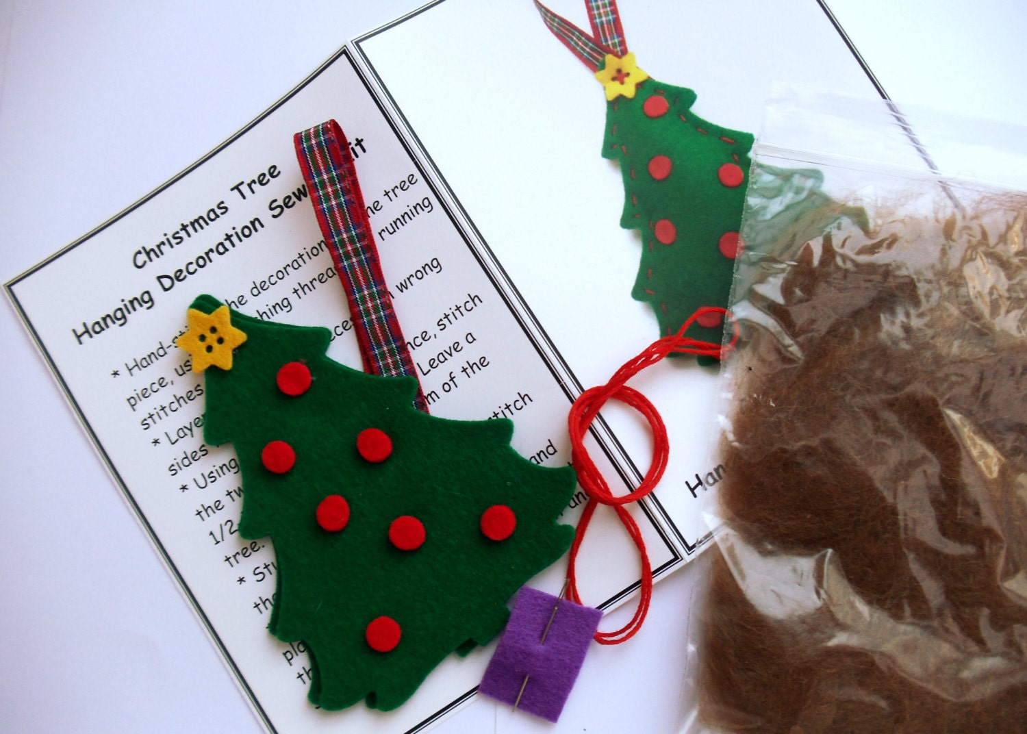 Sewing Kit Felt Christmas Decorations Craft Kit Christmas Tree Sewing Kit - TheWoollyKnitter