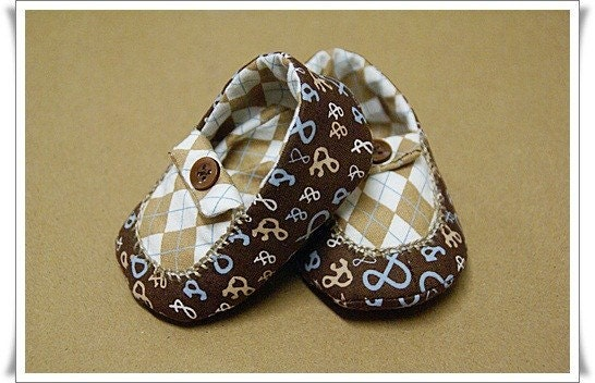 BABY BOY Shoes SIZE 1 BROWN AND BLUE ARGYLE