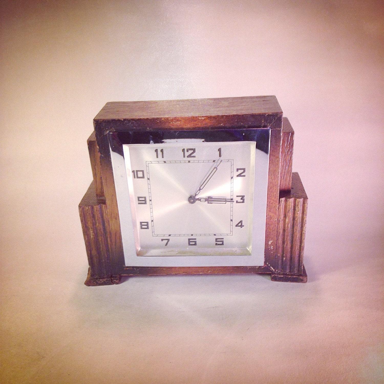 Art Deco Oak wooden Mantle clock 1930s