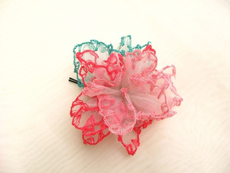 BOBBY PIN WITH HANDMADE THREE COLORS CROCHET LACE ON ORGANZA ROSE Free Shipping to worldwide