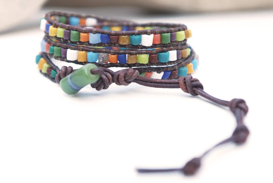 Jewellery bracelet with african recycled glass beads. Leather wrap bracelet. Colorful triple wrap. For men or women. WGA3v001
