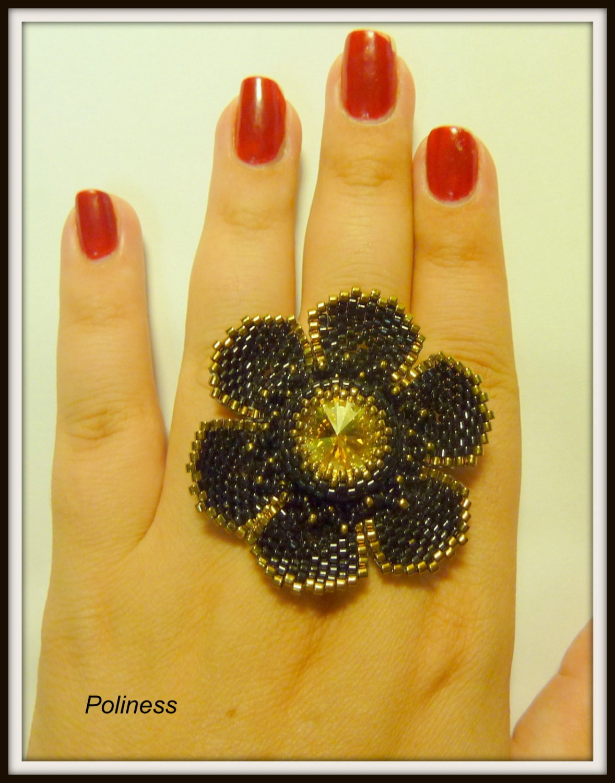 handmade jewelry  - beaded ring – flower ring – swarovsky crystal – gift woman - adjustable