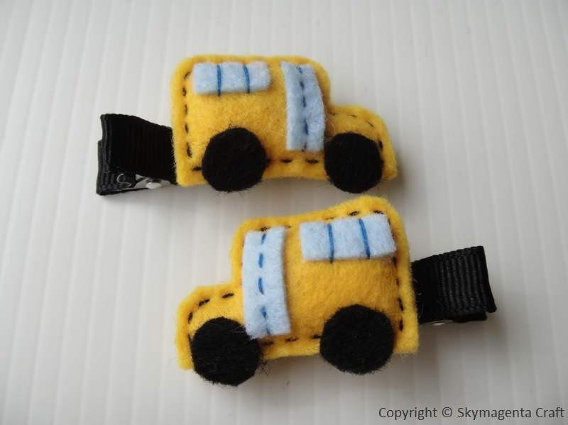 Felt Alligator Hair Clip - SCHOOL BUS