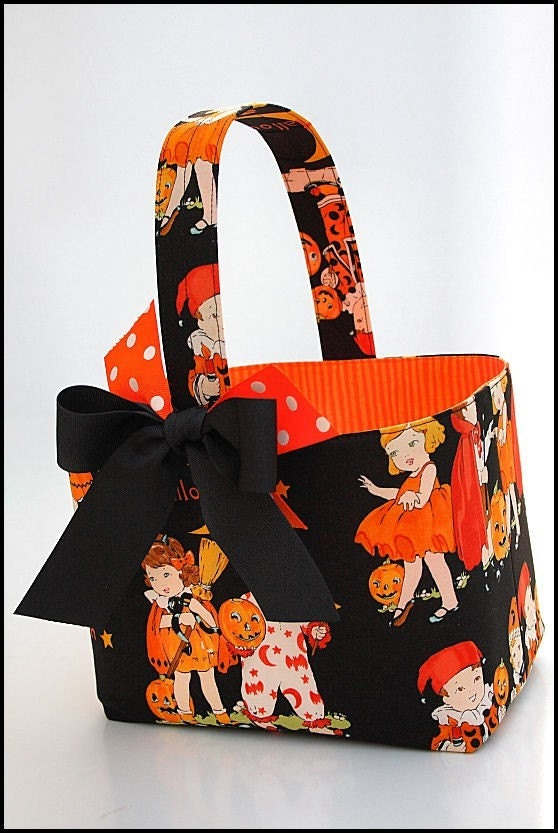 Custom Boutique Halloween kids vintage look Trick or Treat basket