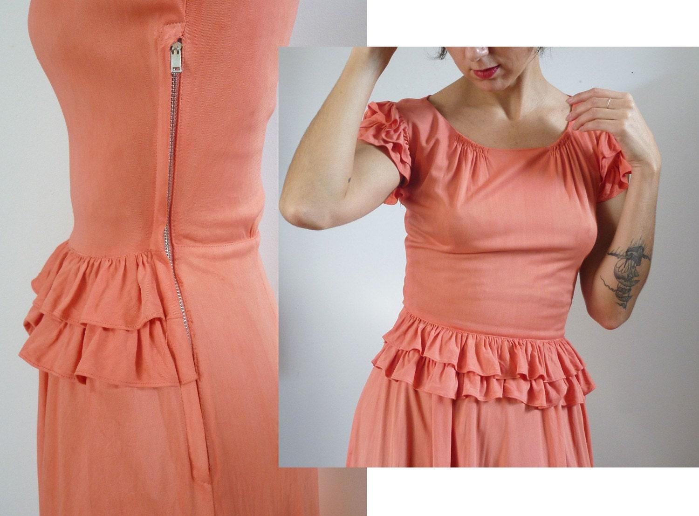 Vintage 40s ROSE RUFFLES Dress