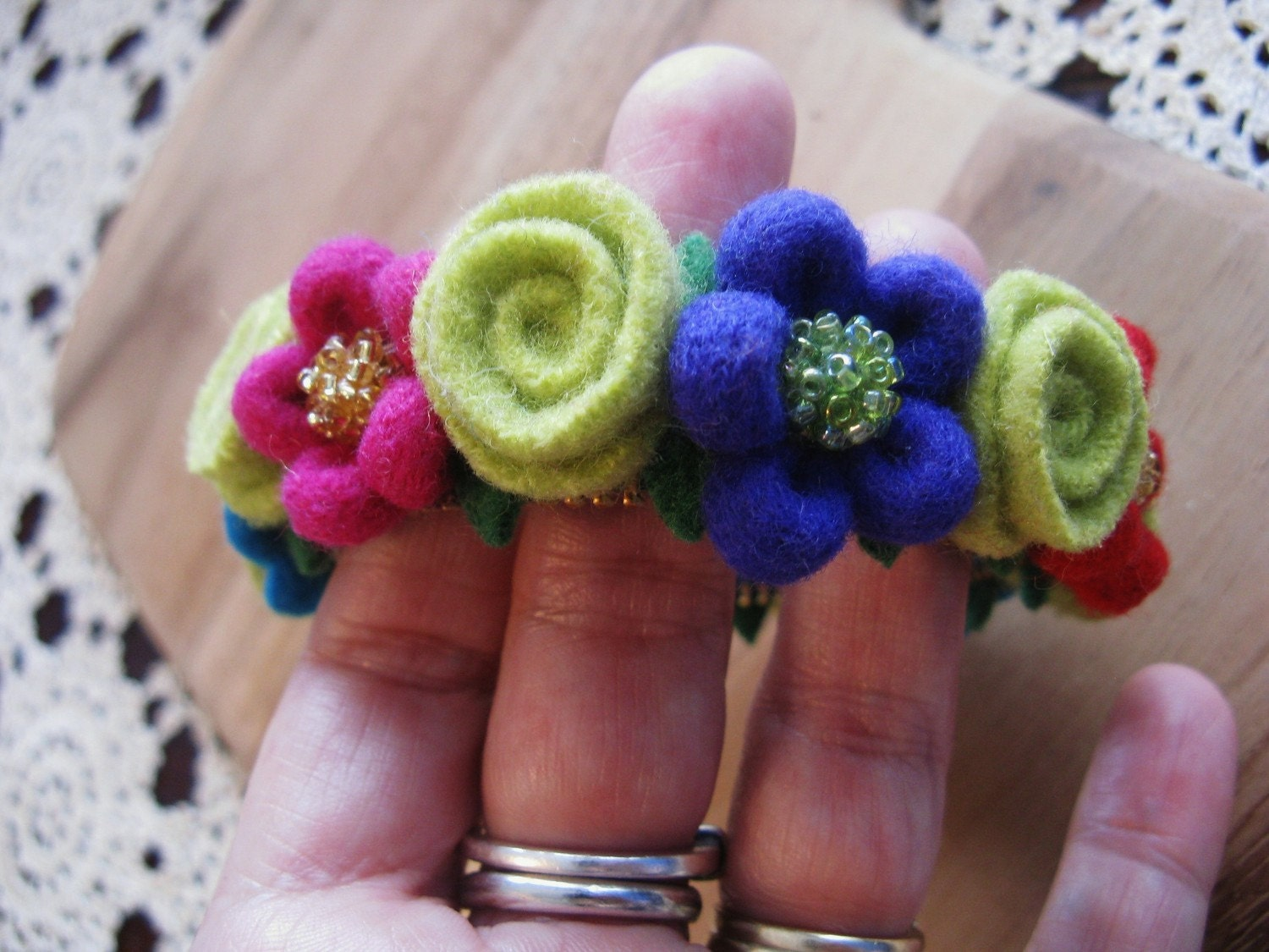 Felt daisy and rose zipper bracelet