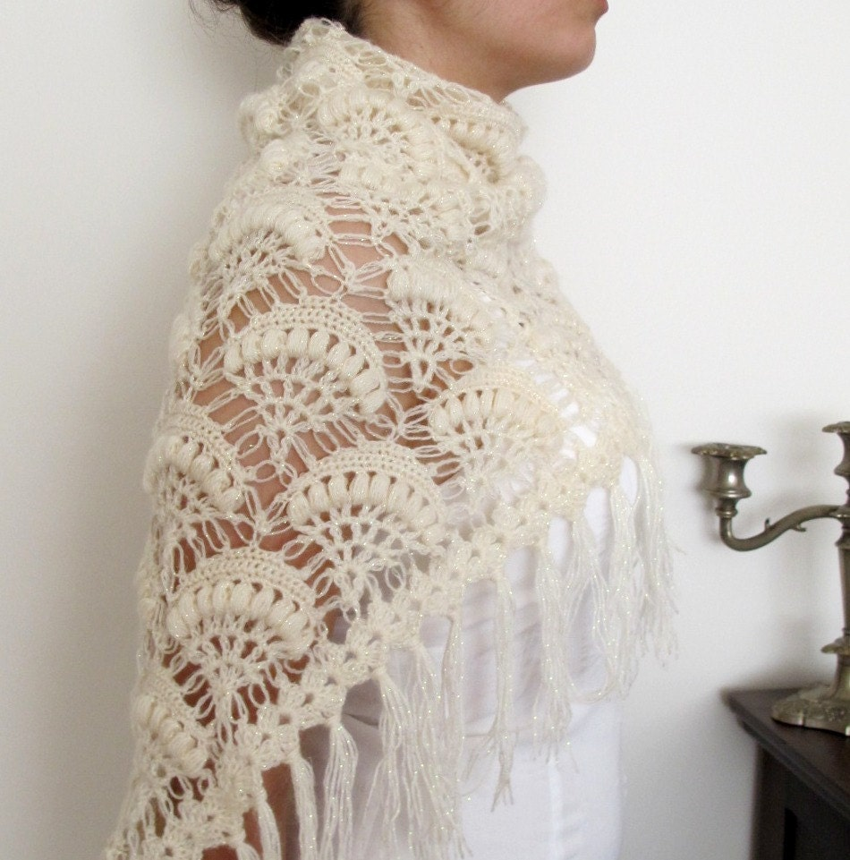 CROCHETBUTTERFLY: NEW DESIGN Bridal Crochet Shawl ivory shining