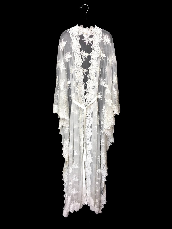 Off white Lace Kaftan jacket unlined robe kimono