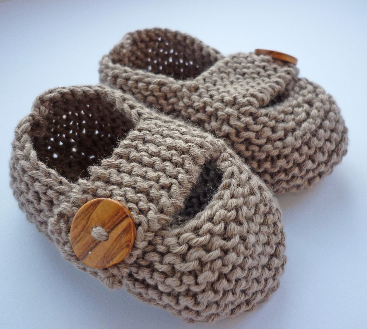 Easy Knitting Pattern Hat : Knitting Pattern Baby Shoes with chunky strap KEELAN by LoveFibres
