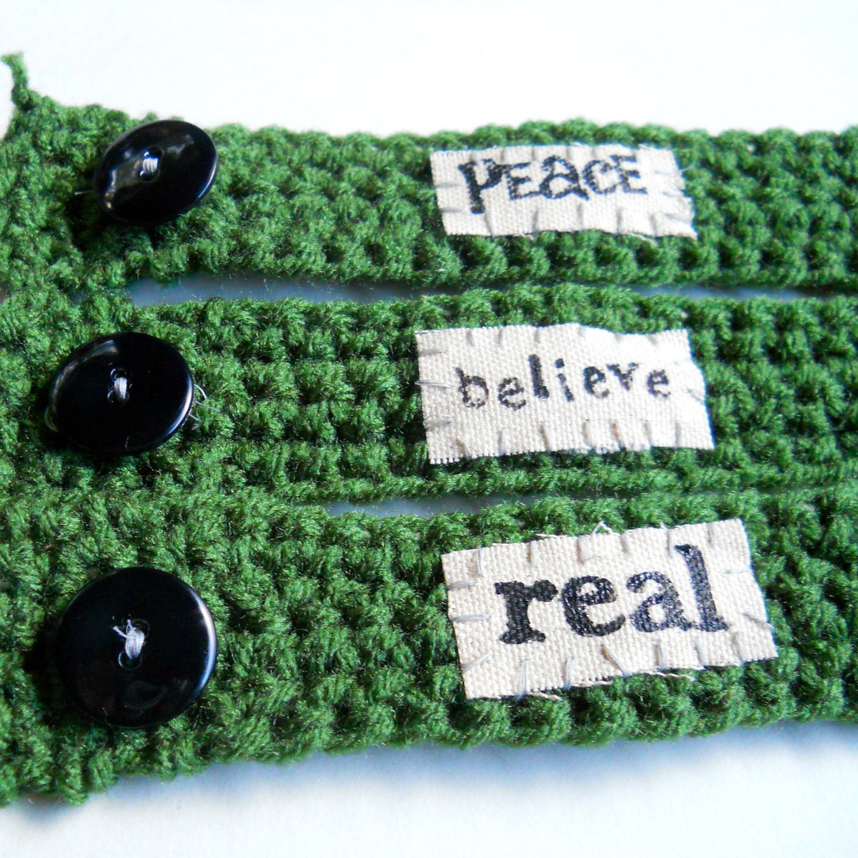 il 170x135.300804135 Etsy Treasury: Crochet + Words