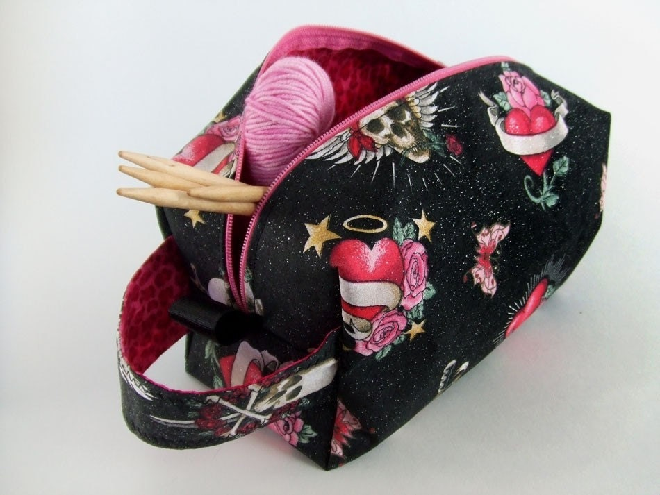 VALENTINE REBEL - Zippered Box Project Bag