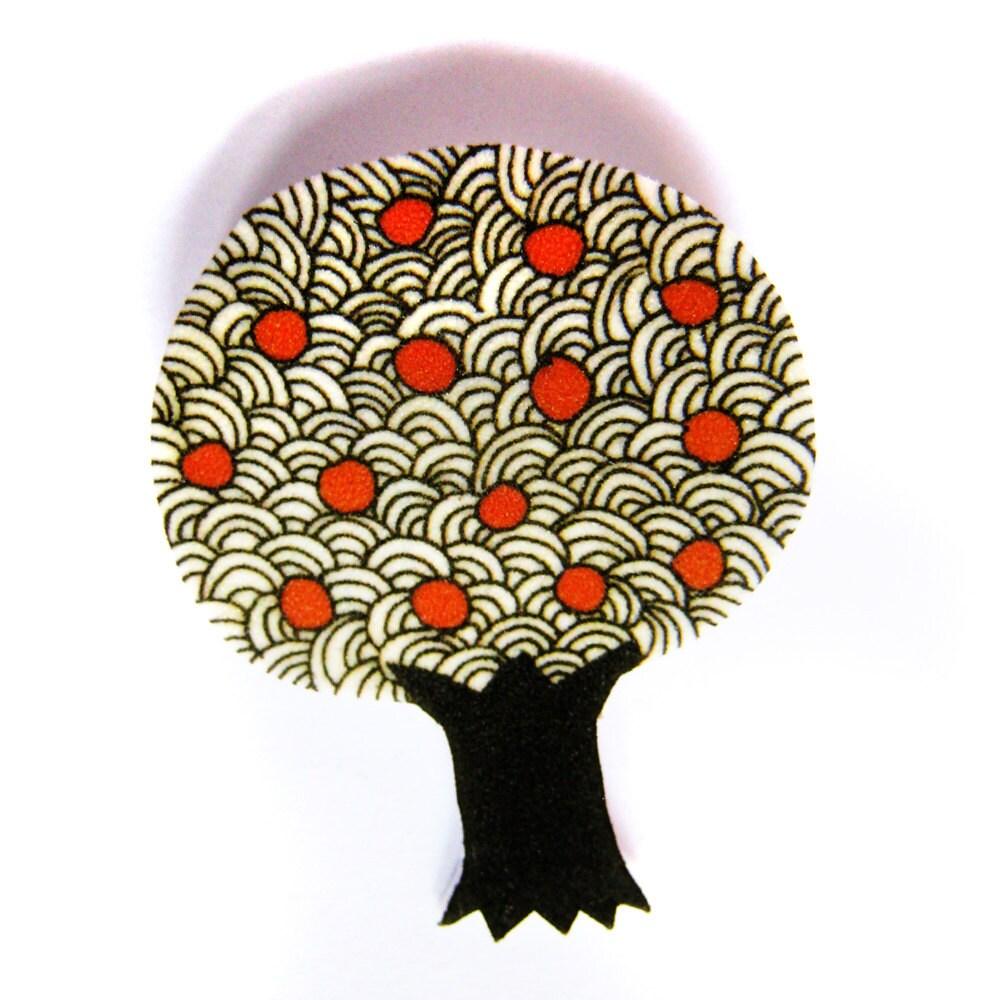 Apple tree brooch badge pin - zyzanna