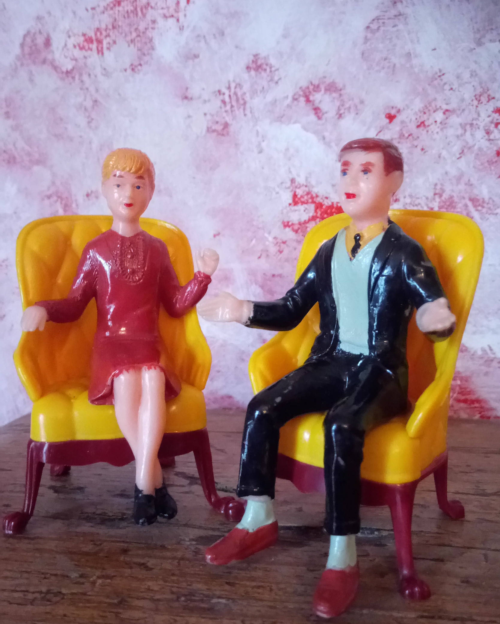 Dolls house vintage 1960s Figures with Marx Toy Chairs