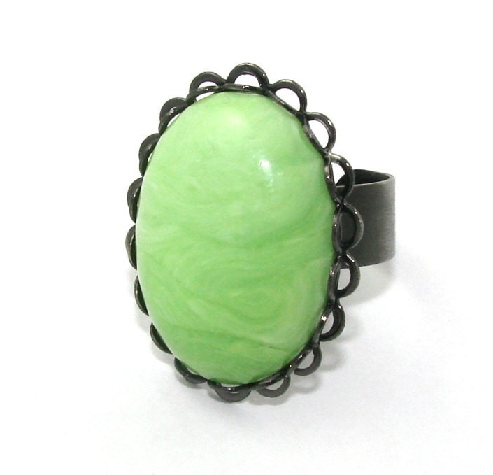 Adjustable Cocktail ring - Lime Green Goth - thebutteryhottness