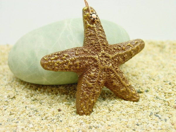 45mm copper-tone handmade Sea Star Pendant with daisy bail - Beadcomber