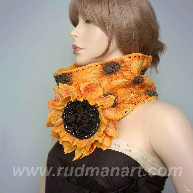 Felted nunofelting scarf Primitive Sunflowers (flower-brooch-pin)
