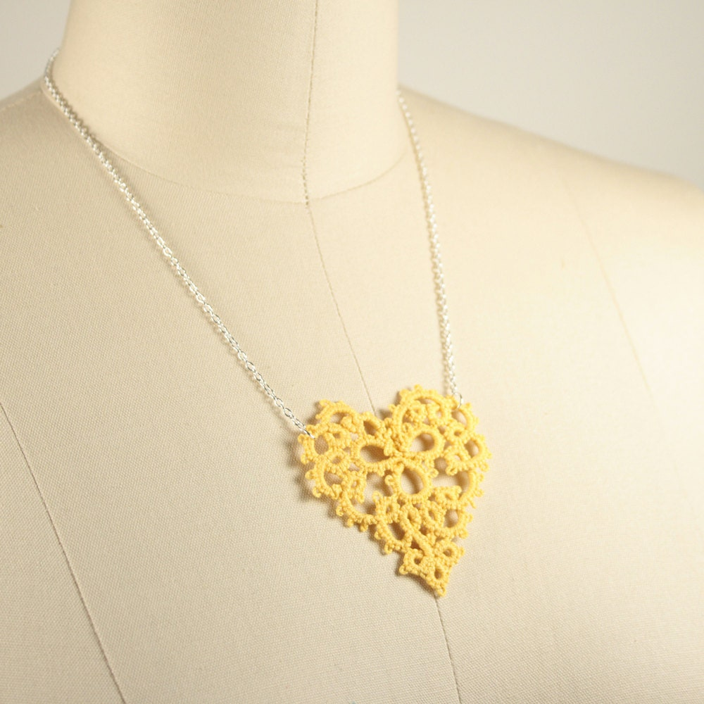 Yellow Heart Tatted Lace Necklace - RachelOs
