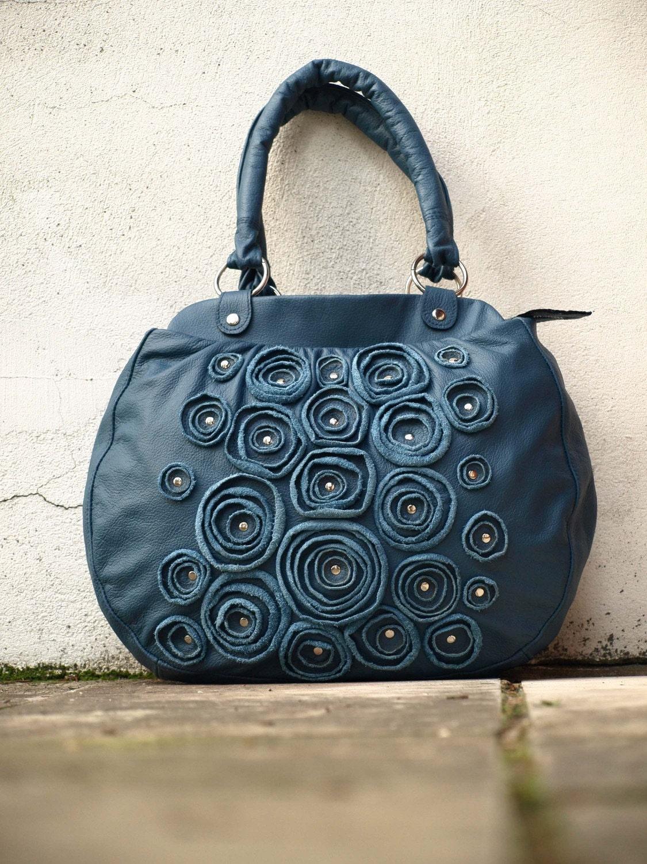 Roses in Navy Handbag