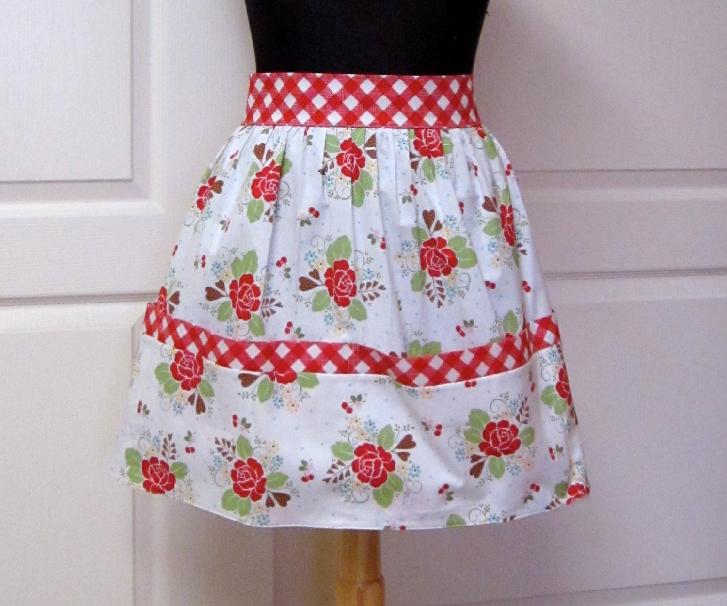 Vintage Retro Half Apron, Red Flowers