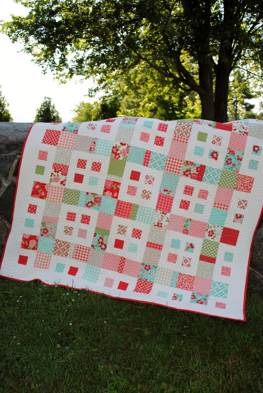 QUILT PATTERN Layer Cake, Charm Squares or Fat Quarters QUICK and ... : fat quarters for quilting - Adamdwight.com