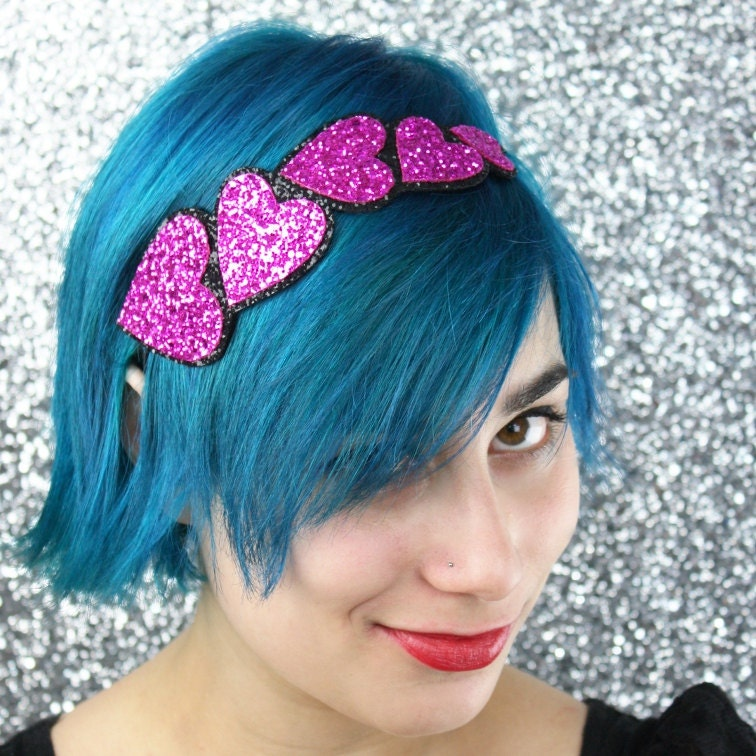 Valentine hearts glitter headband in pink
