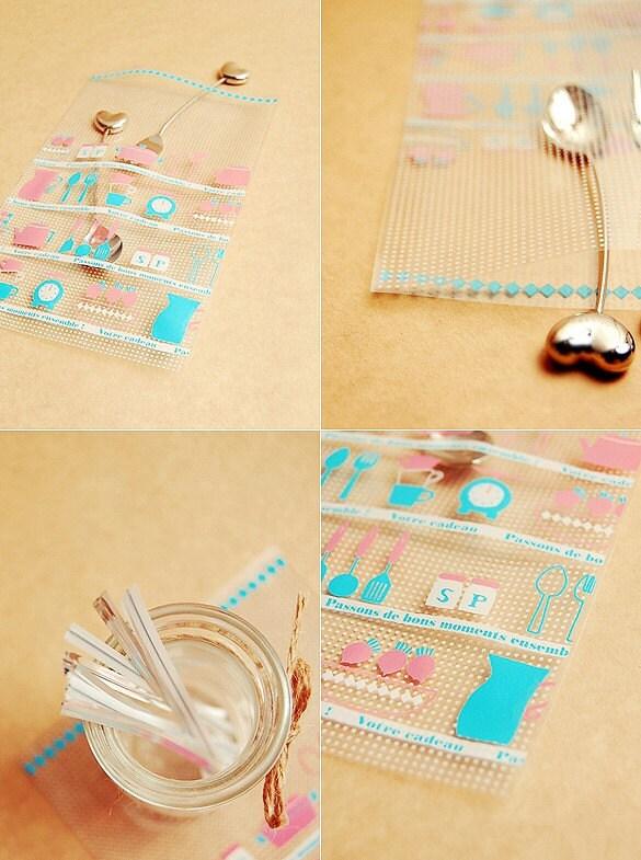 10 kitchen utensils Vinyl bags +  Twist ties