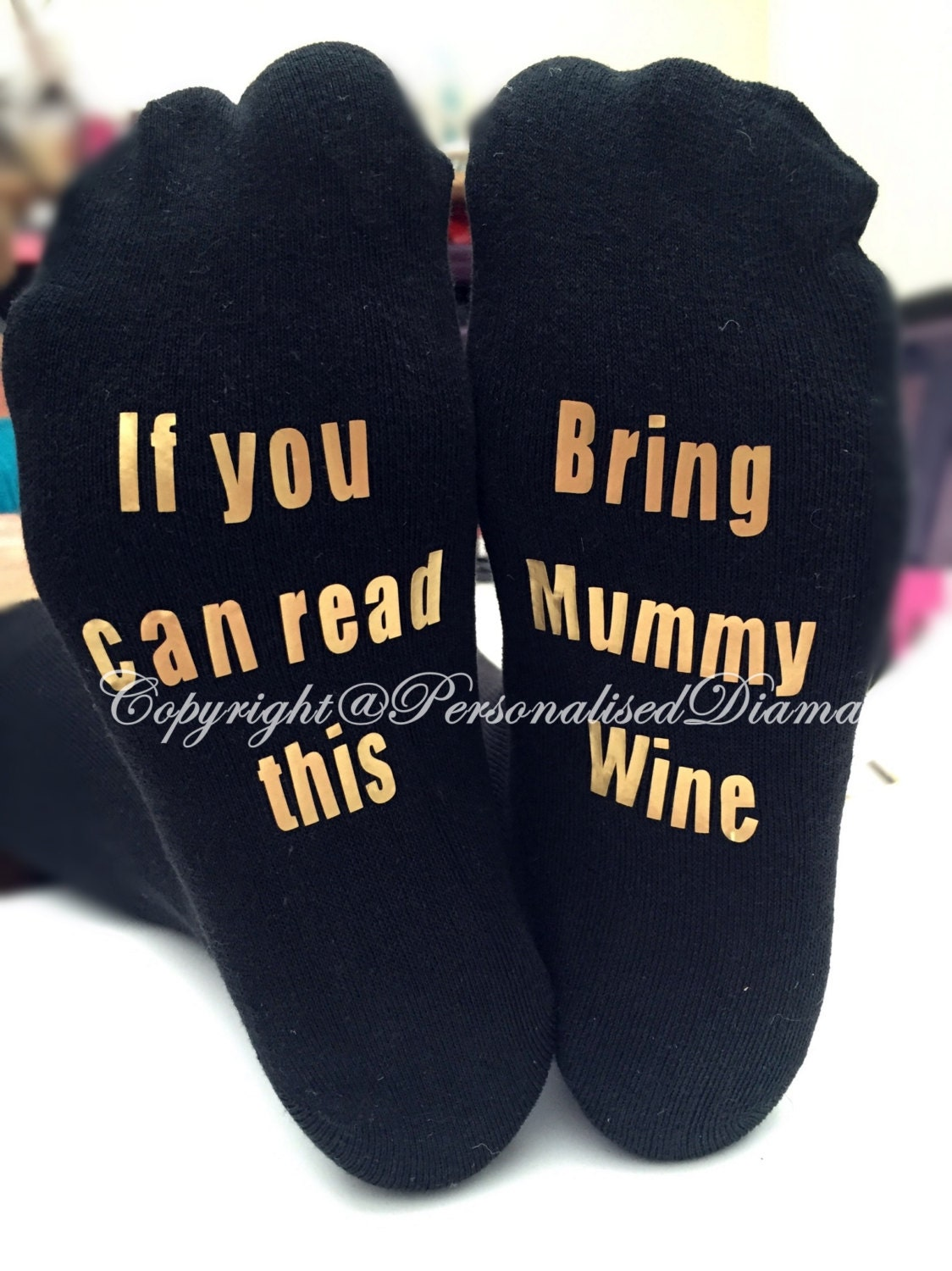 personalised sock  if you can read this bring mummy wine  if you can read this bring daddy beer  personalised prosecco  christmas socks