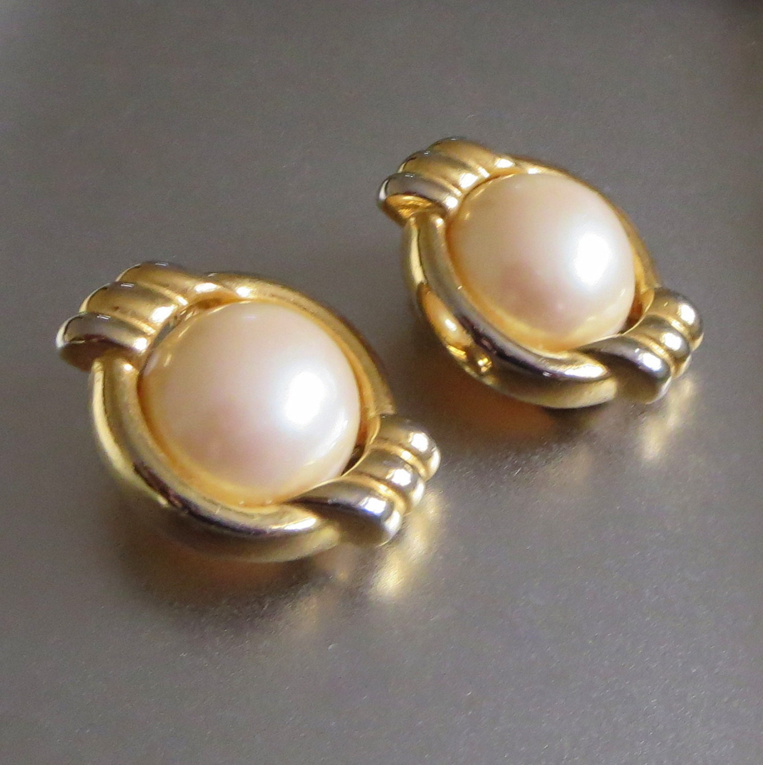 Beautiful pearl earrings for a formal look pictures