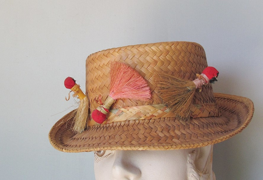Funky old straw fishing hat unisex gardening by classicretro for Fishing straw hat