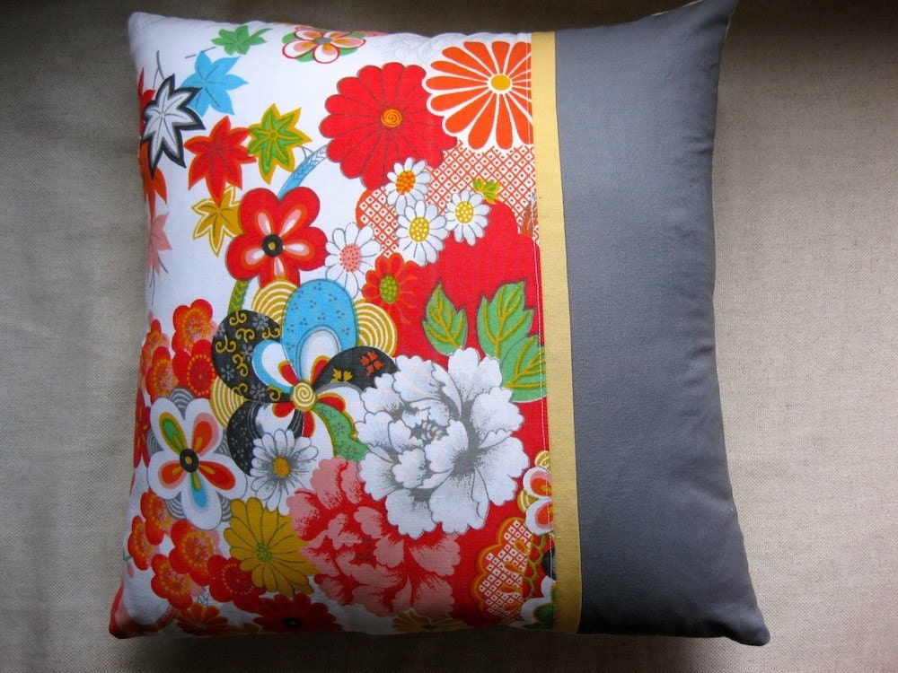 Xanadu - 16x16 inch pillow cover