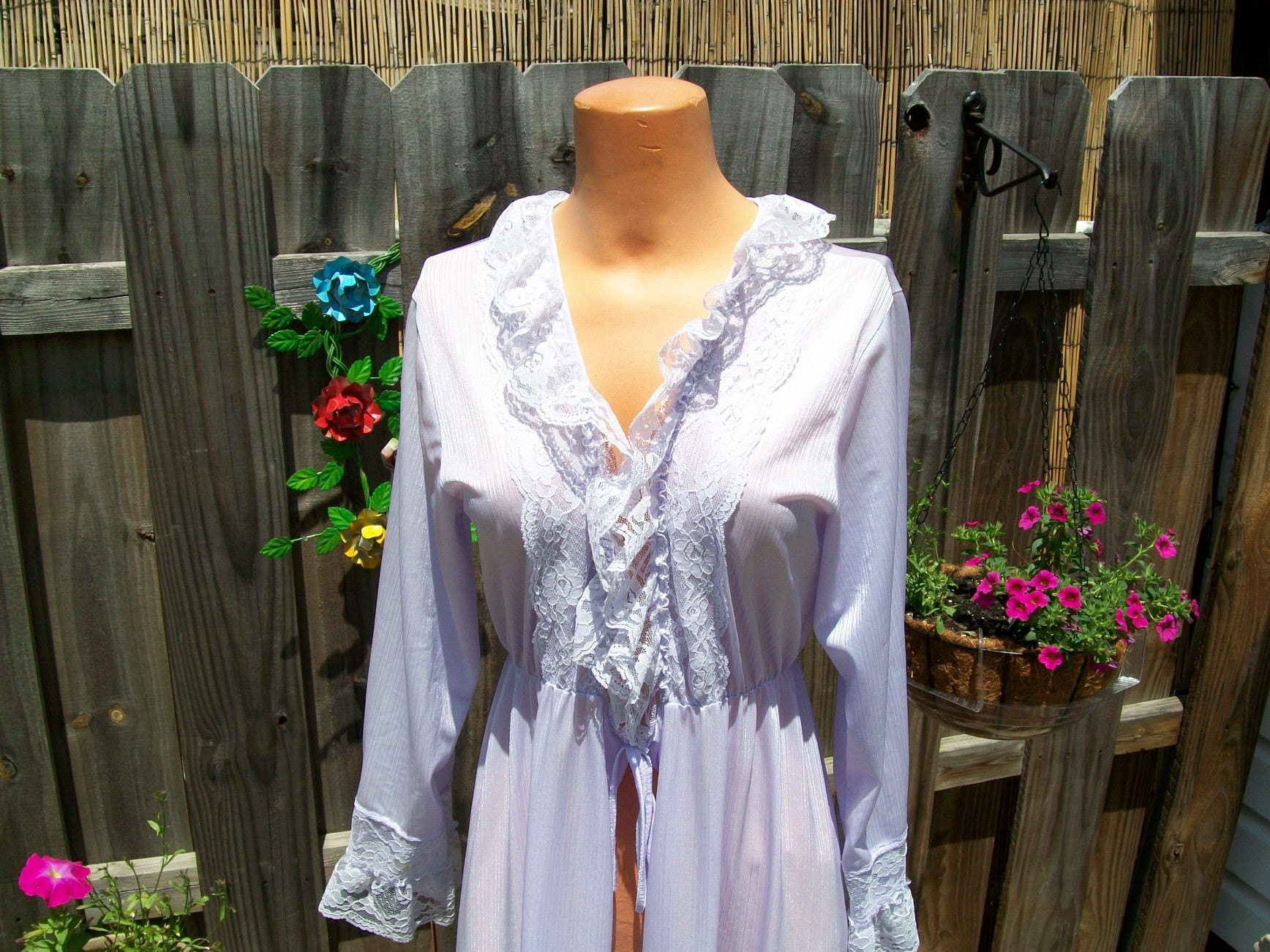vintage robe - pretty purple lacy robe very shiny by lexismonkey on Etsy from etsy.com