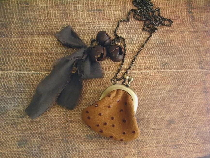 leather purse necklace - chocochips - kikosattic