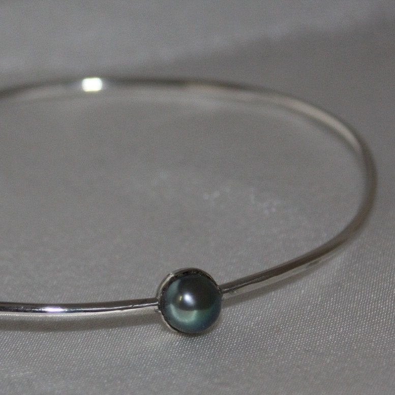 freshwater pearl bangle bracelet from capital city crafts
