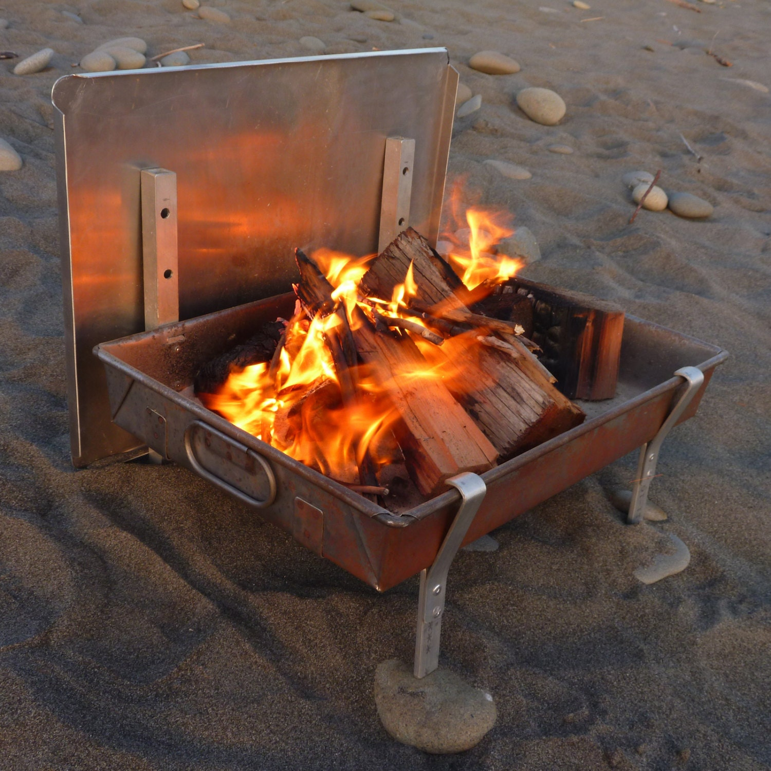 Wilderness Fire Pan A Complete Light Weight Fire Pit By