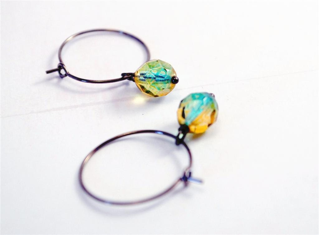Citrus Water GUNMETAL HOOPS - Czech glass - Ulixis