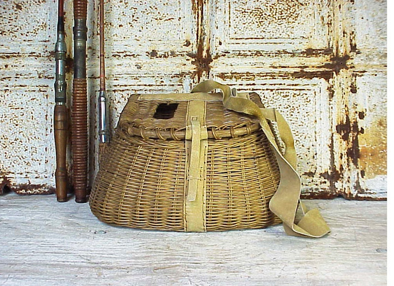 Vintage wicker fly fishing basket creel by rustyspoke on etsy for Fly fishing creel