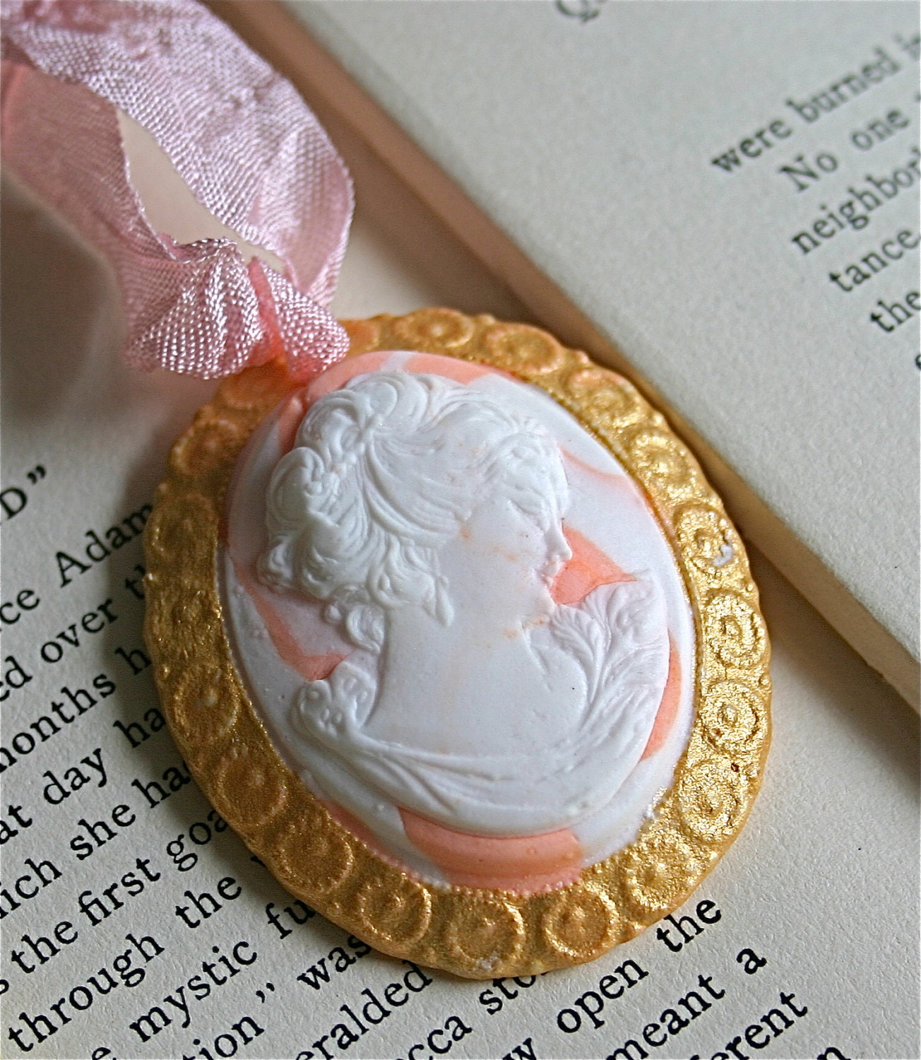 Candy Vintage Inspired Cameo Necklace