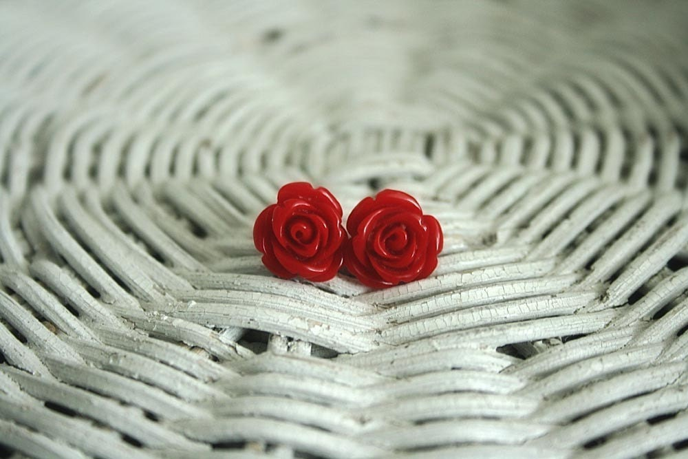 Sexy red rose earrings