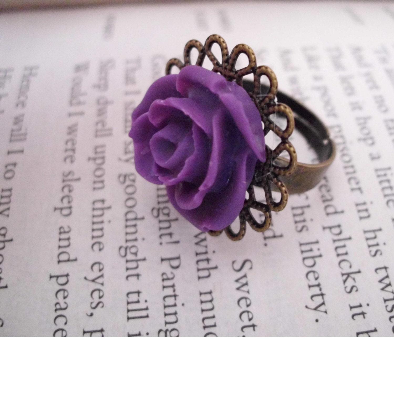 Rose filigree ring
