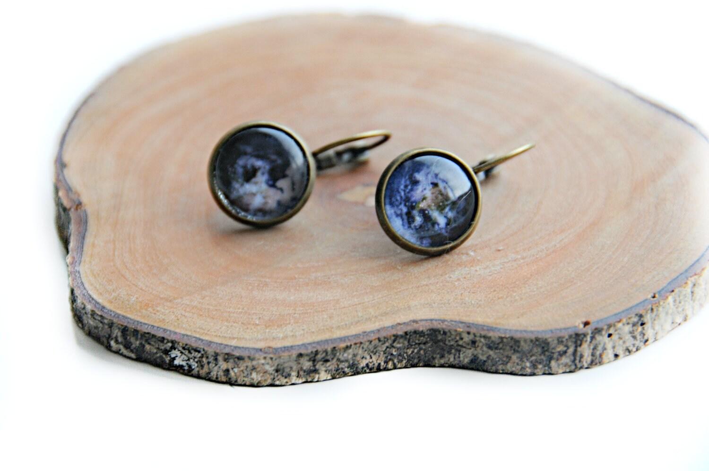 Earrings - handmade earrings in glass with planet earth