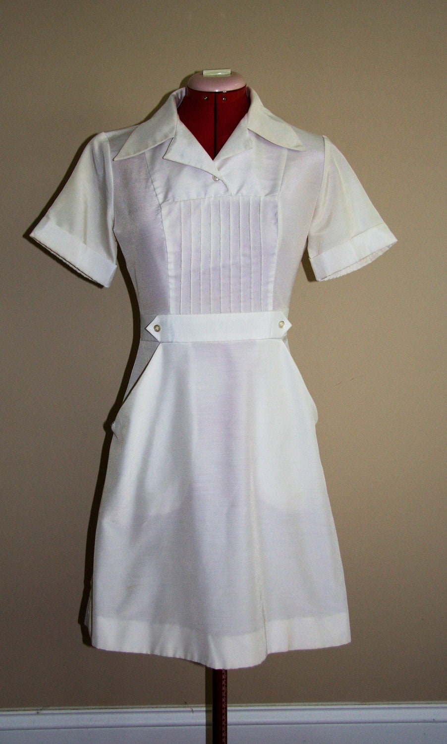 Vintage Nurse Uniforms 93