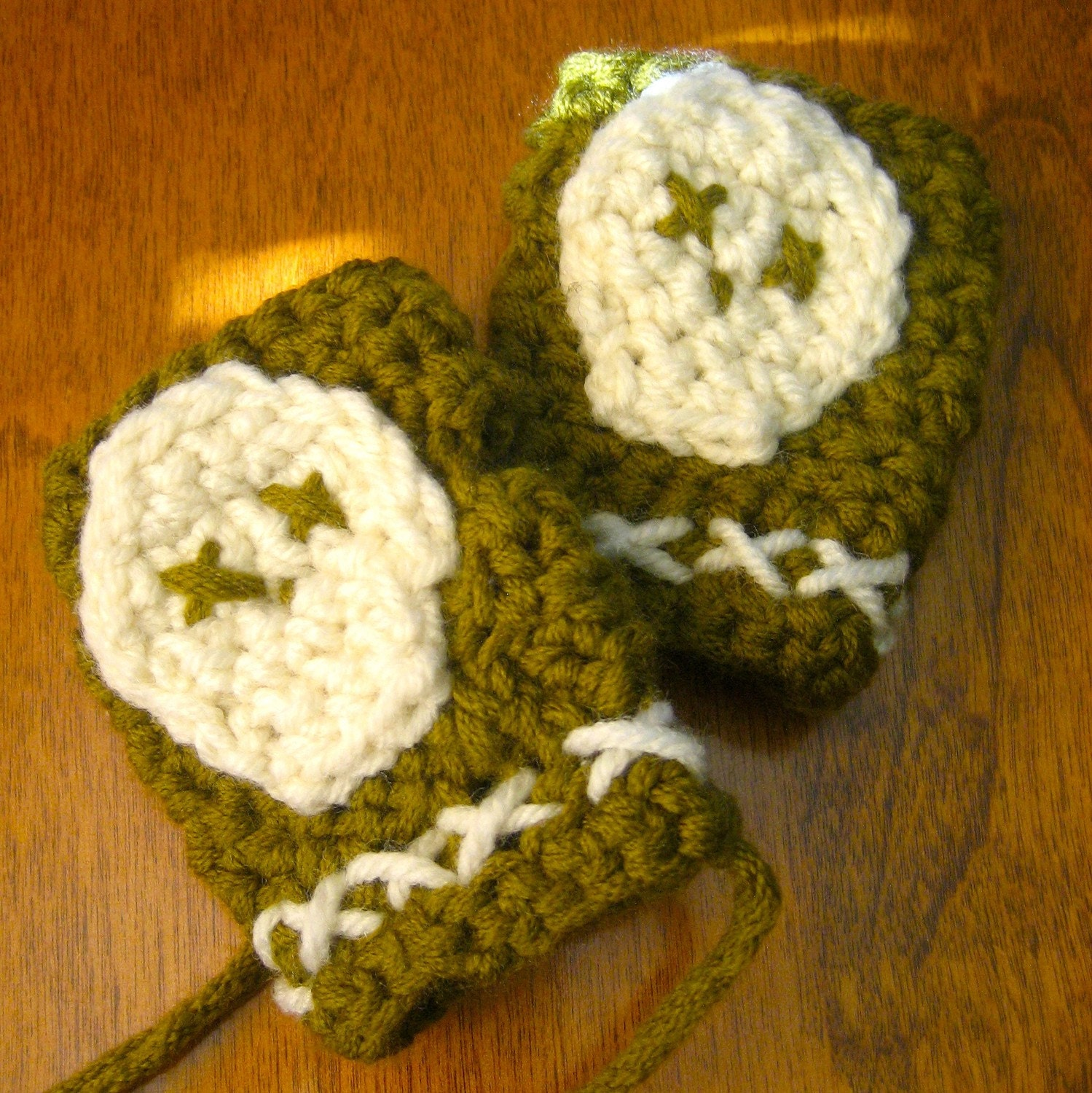 X Marks the Spot fingerless Baby Boy Mittens in Olive&Cream